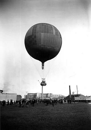 Photo: Balloon lift-off on 7th April 1893